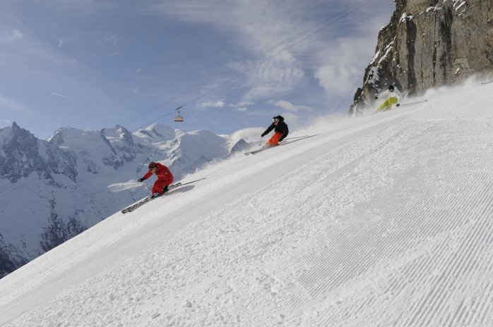 Learning to ski off piste in Chamonix